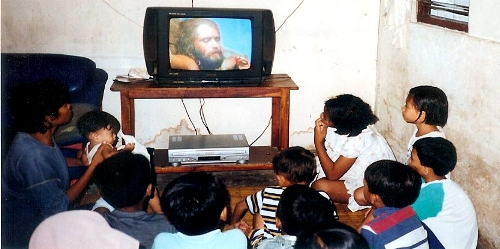 Jesus Film showing in Indonesia